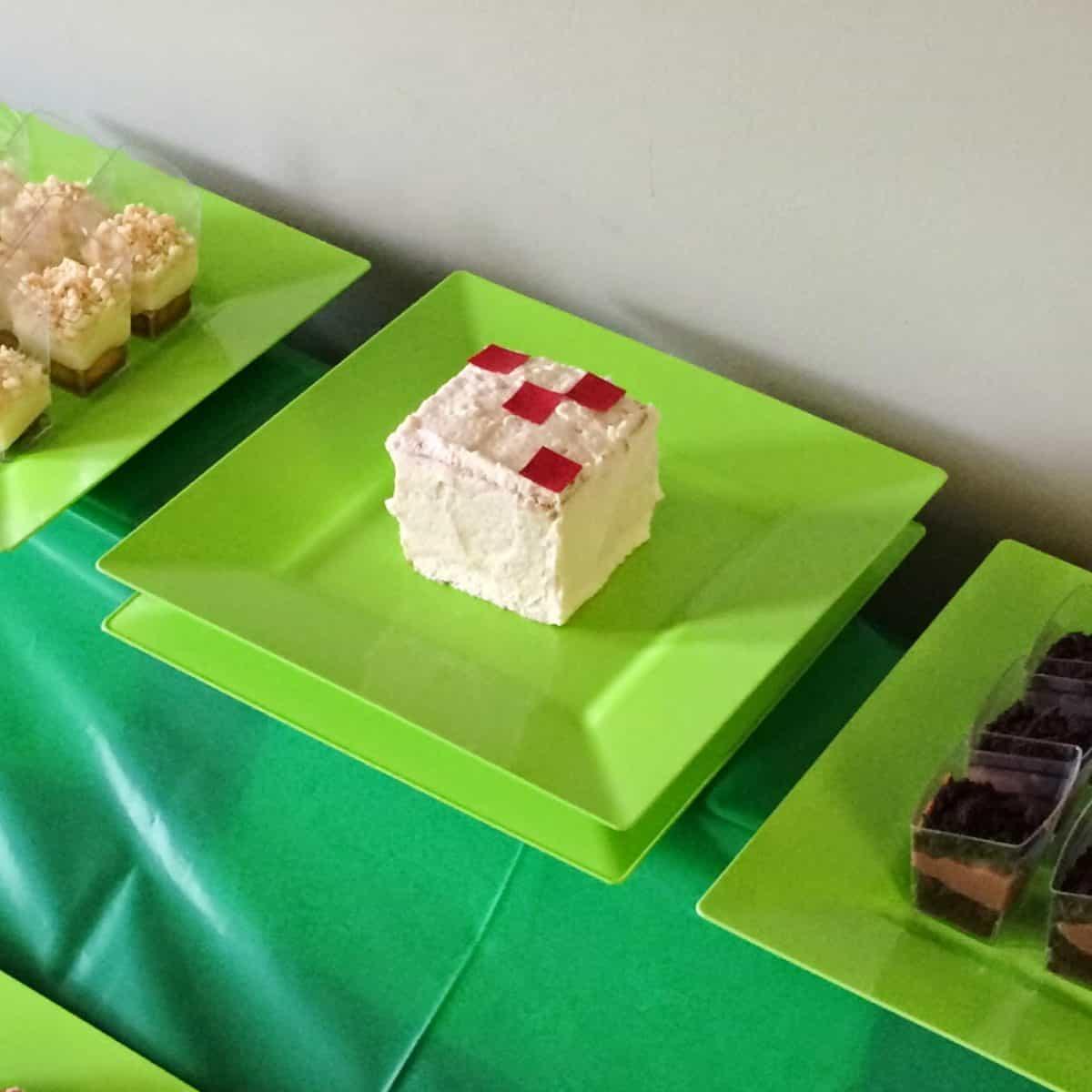 MineCraft Party desserts
