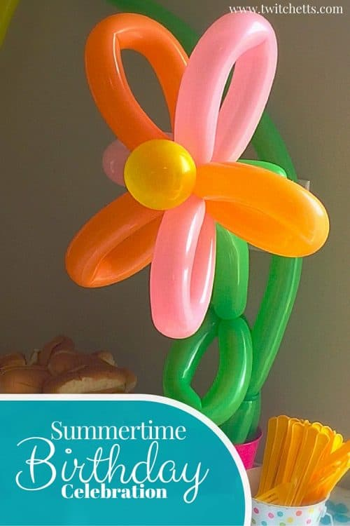 Summertime Celebration. Lots of fun birthday party ideas! From Flowers to bubbles to balloons!