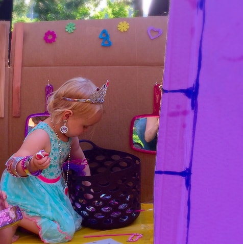 Cardboard play castle tutorial. Step by step guide to make a cardboard building. Perfect for a princess birthday party.