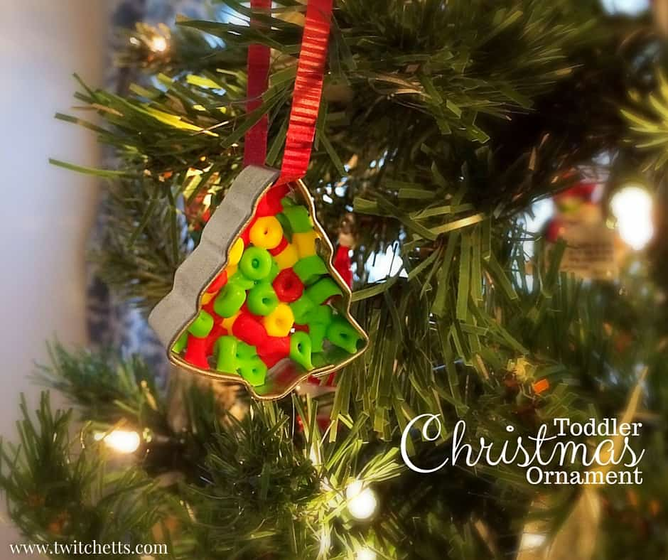 Toddler Christmas Ornament ~ Christmas Crafts for Kids