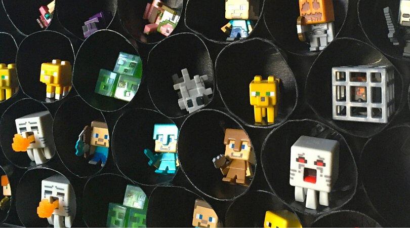 DiY Minecraft Mini Figure Storage