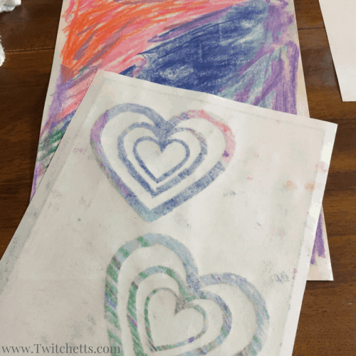 Soft pastels for beginners. Ths pastel technique is the perfect way to introduce pastels to kids. Includes a free template to help your little one create their pastel art.