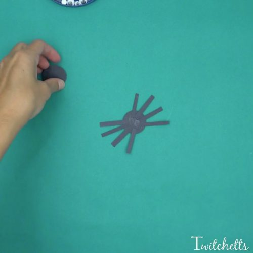 bouncy construction paper spiders that use up some of your black construction paper these are - Halloween Crafts Construction Paper