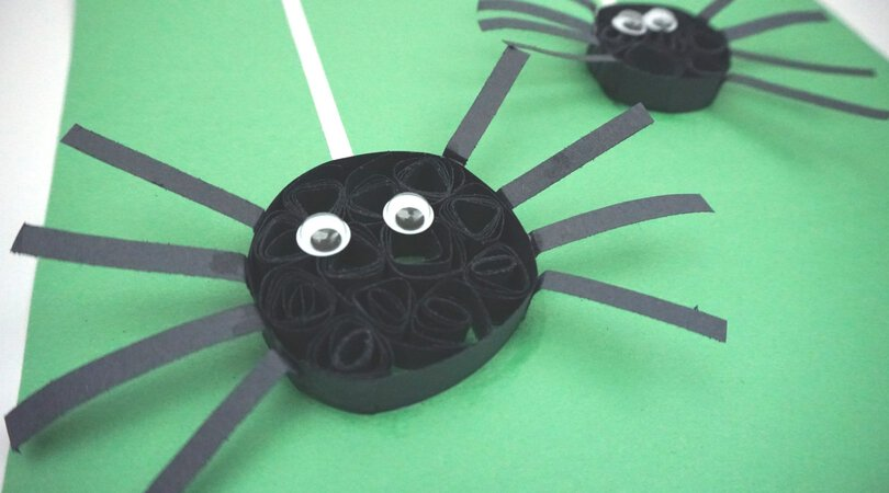 Construction Paper Quilling Spiders ~ Halloween Crafts for Kids