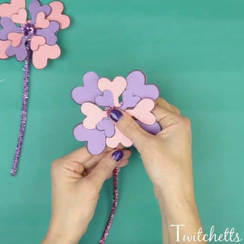 Construction paper flowers made from paper hearts did you know that hearts make amazing construction paper flowers let us show you how mightylinksfo