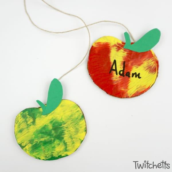 How to make an easy apple themed press painted decorations