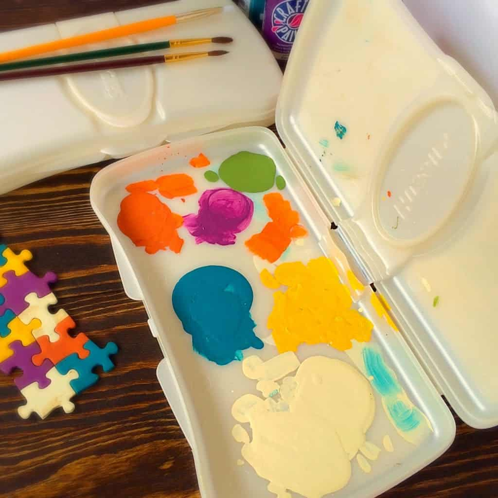 Crafty Mommy's Paint Saver Palette
