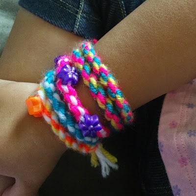 2 Minute Twisted Bracelets