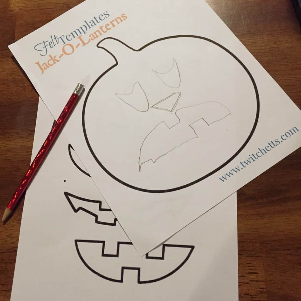 Free Jack-O-Lantern Template can be used for felt, cardstock, or traced.