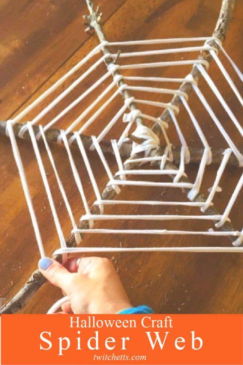 """t-shirt yarn spider web wreath. Text reads: """"Halloween Craft - Spider Web"""""""