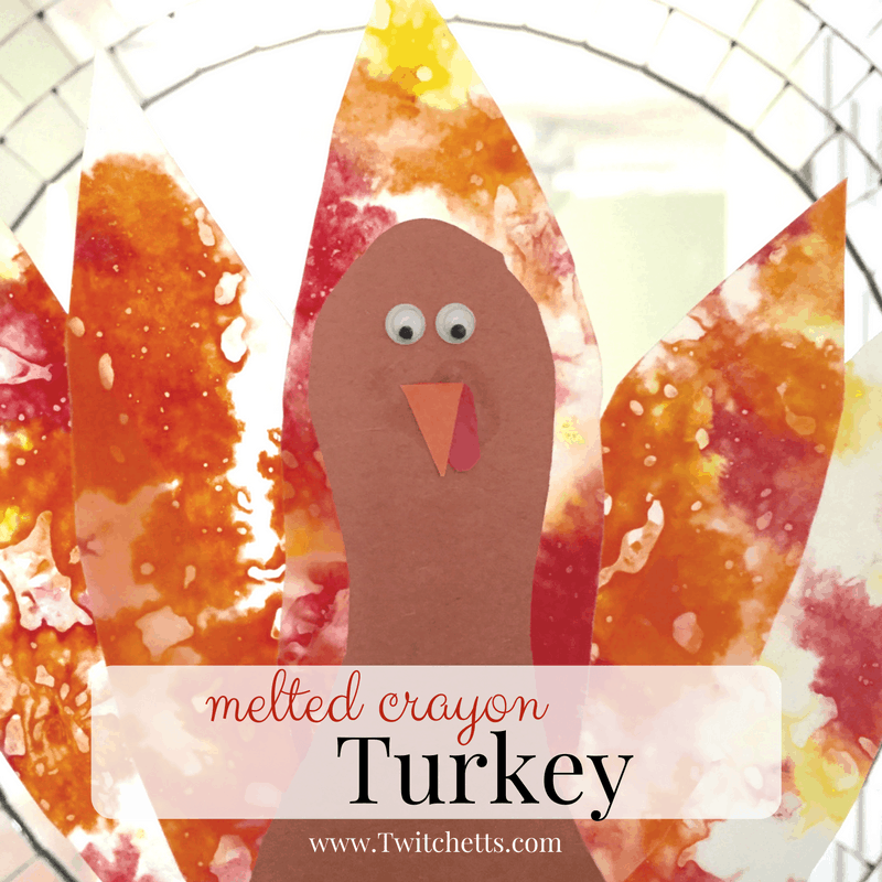 A fun new Thanksgiving craft to do with your kids! This melted crayon turkey is a great kids craft.