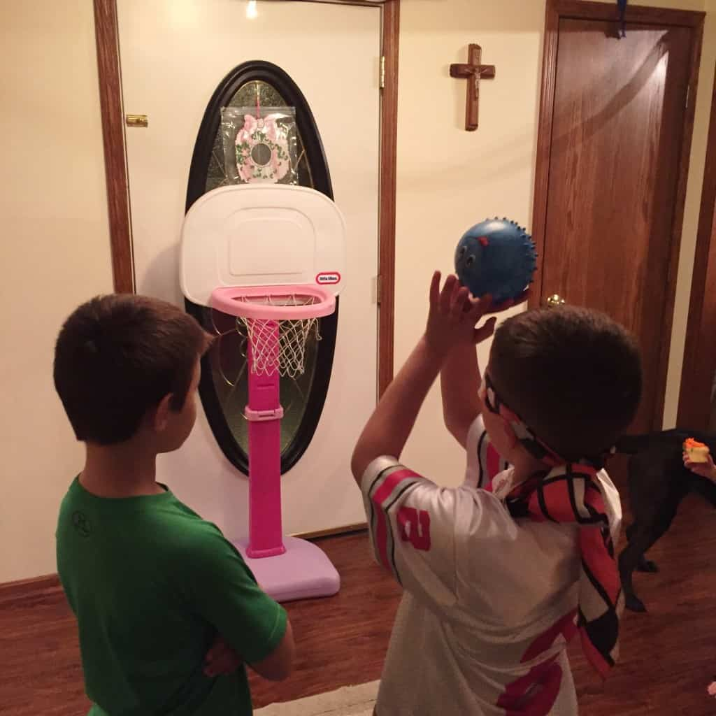 This indoor sports party is sure to be a hit! Dizzy Blind Basketball. With an activity for football, baseball, soccer, and basketball. A great birthday party theme for all ages.