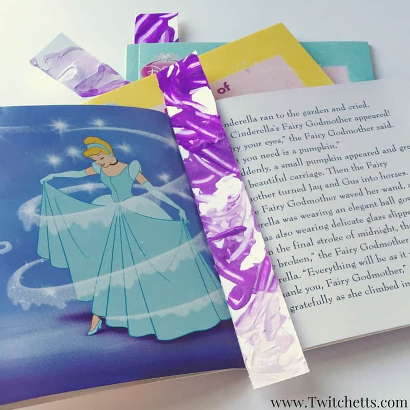 Ombre Bookmarks – A Quick Kids Craft