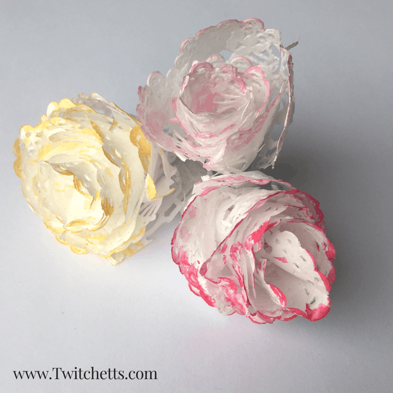 Create these beautiful paper rose buds with this fun Doily Craft.