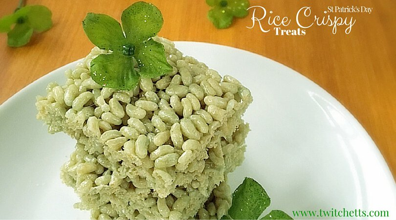 Green St Patrick's Day Rice Crispy Treats. Naturally colored without the chemicals!