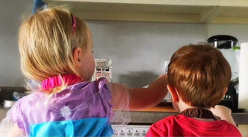 7 Tips for Cooking With Kiddos