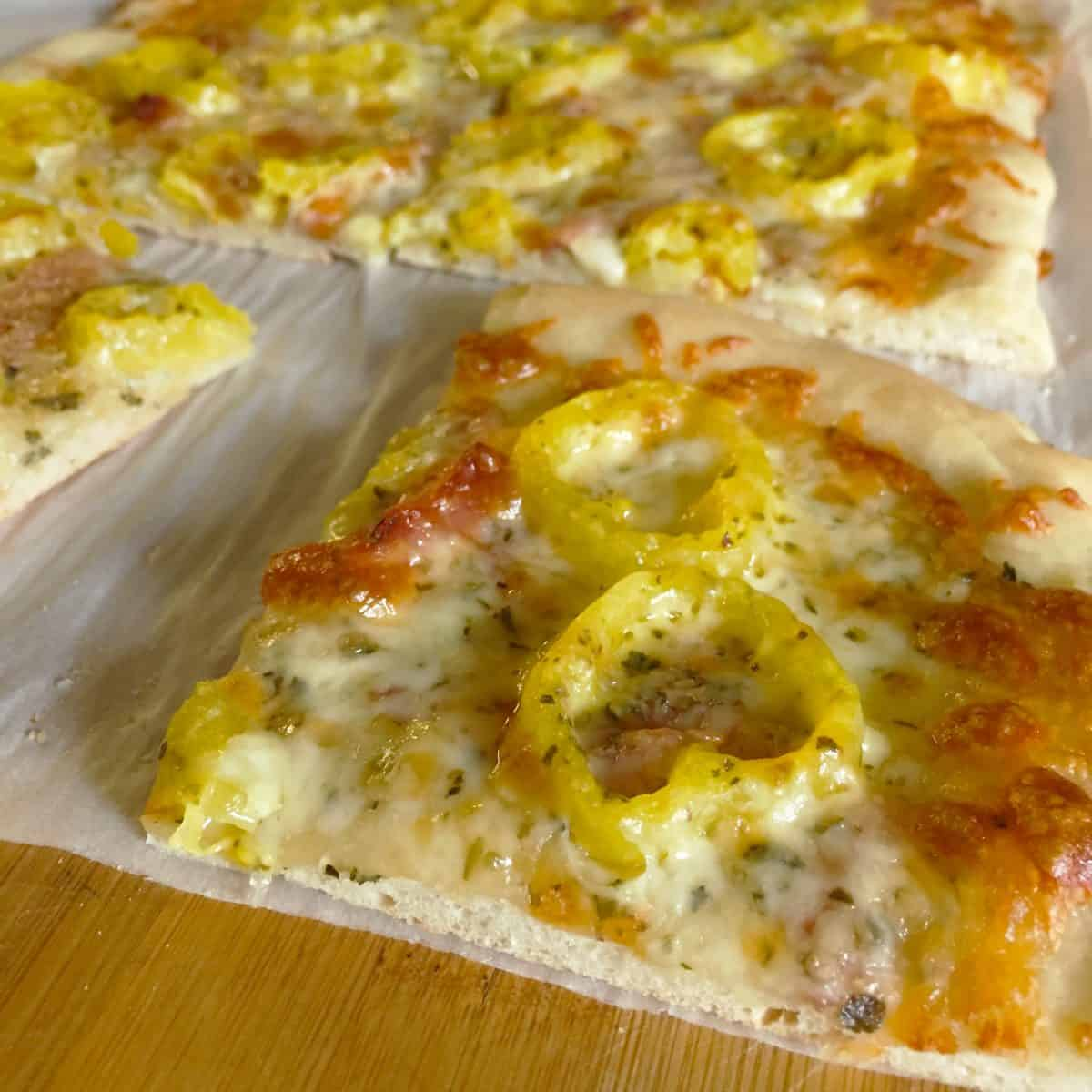 Banana Pepper Pizza ~ My Man's Recipe