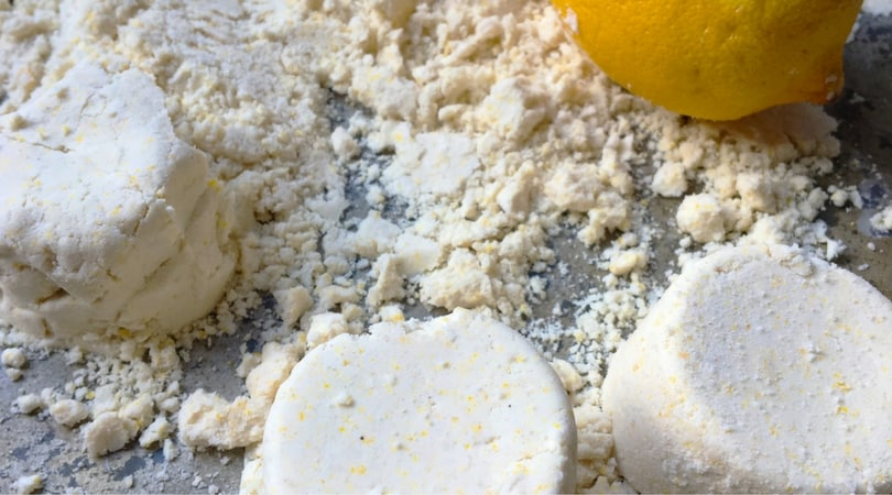 How to make fun moon sand with coconut oil