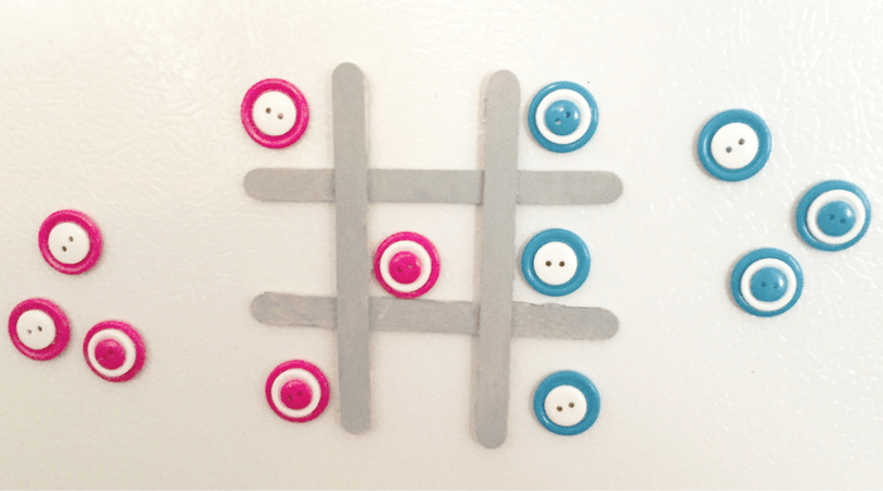 Button Tic Tac Toe – DiY Magnet Game