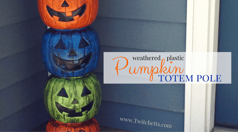 Create a fun pumpkin totem pole for a quick and easy Halloween decoration! DiY instructions for making your own weathered plastic pumpkins too!
