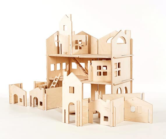 Dollhouses // ManzanitaKids