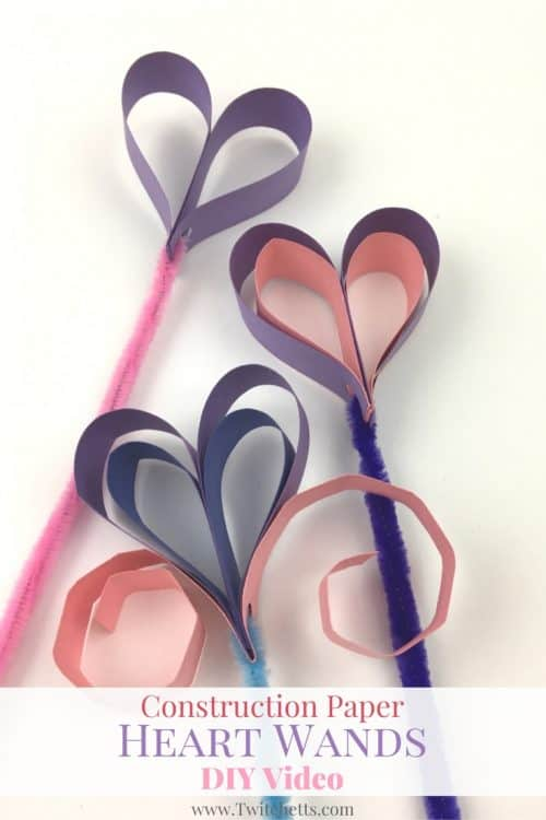 Create these fun heart shaped wands out of construction paper! A fun kids craft for pretend play.
