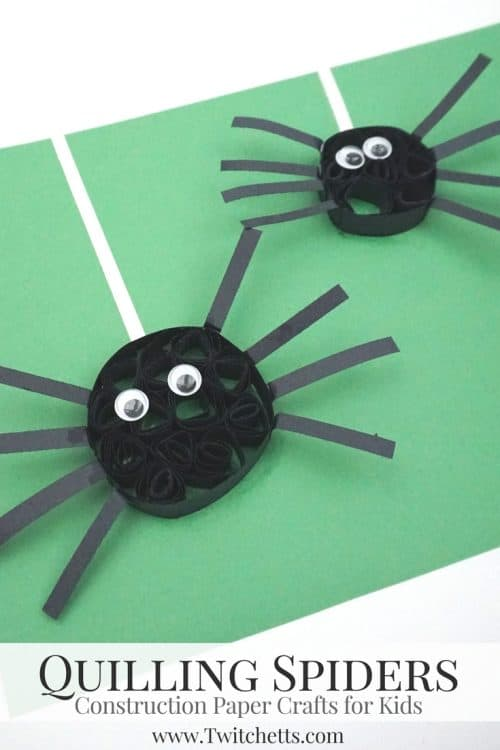 Quilled construction paper spiders are a cute and creepy Halloween craft. Use your stash of black construction paper to let your kids create this fun paper craft. #paperspiders #quillingwithconstructionpaper #quillingforkids #halloween #craftsforkids #constructionpaper #twitchetts