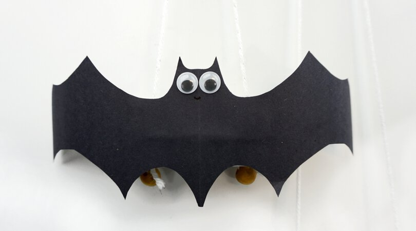 How to make fun construction paper bats that fly!