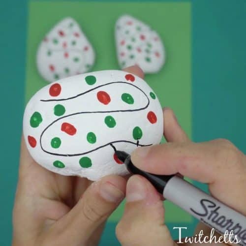 Christmas Rock Painting Designs.How To Make Easy Christmas Lights Rock Art Twitchetts