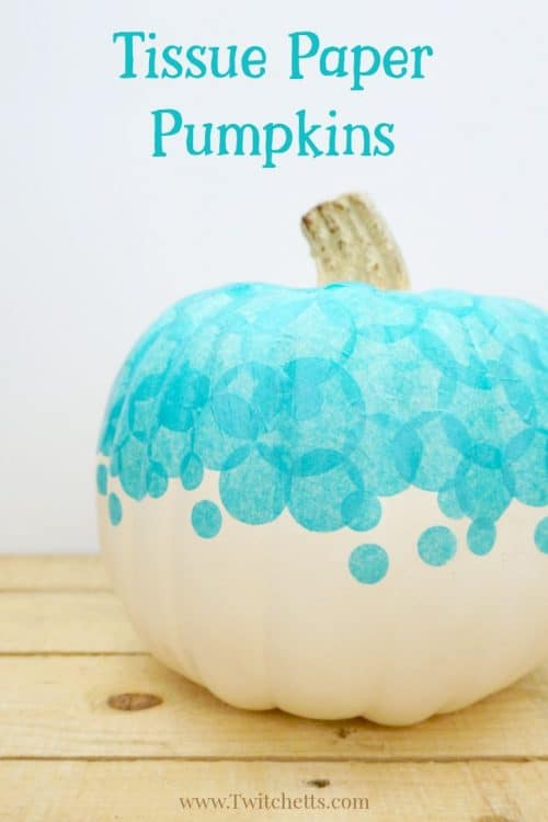 Create a teal tissue paper pumpkin that you can use to decorate your porch this Halloween. Fun teal pumpkin ideas for this year! #tealpumpkin #tissuepaper #halloween #fall #foodallergies #noncandy #trickortreat #falldecor #twitchetts