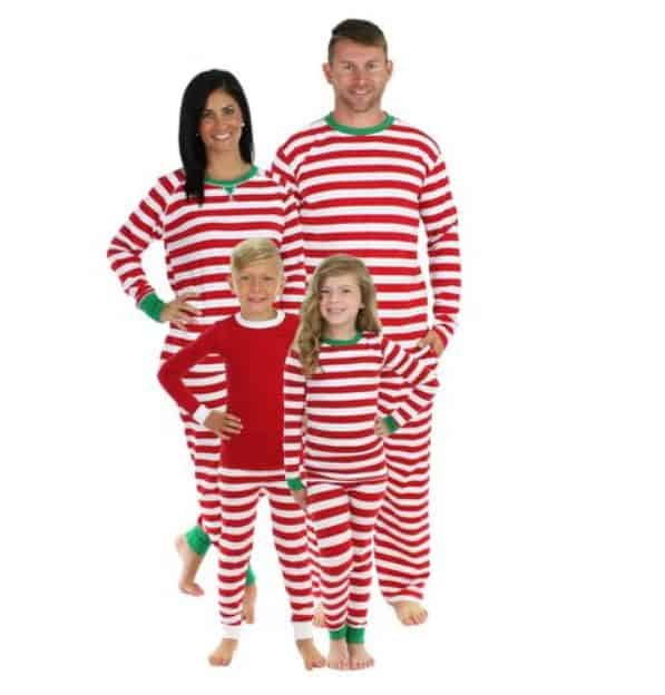 Best Family Christmas Pajamas.7 Best Matching Family Christmas Pajamas You Ll Absolutely