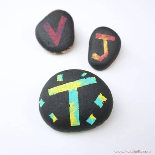 This silhouette rock painting idea is perfect for kids! You can paint them in any shape, letter, or number! Your kids will love hiding (and finding) these painted rocks!