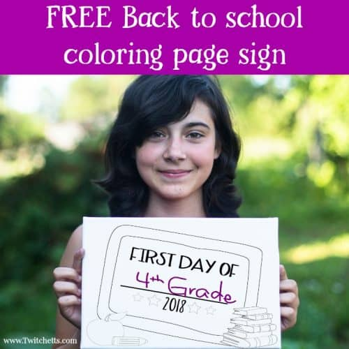 Free back to school coloring page sign. Perfect for the first day of school! This coloring page style sign is perfect for your kids to show off their creative abilities! #backtoschool #printablesign #firstdayofschool #printable #free #creatememories #photoprop #twitchetts