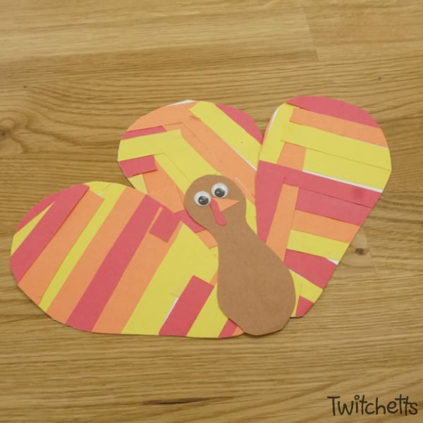 Let your little one work on their scissor skills while creating an adorable paper turkey! This Thanksgiving craft for kids is easy to set up and takes very little instruction from adults.