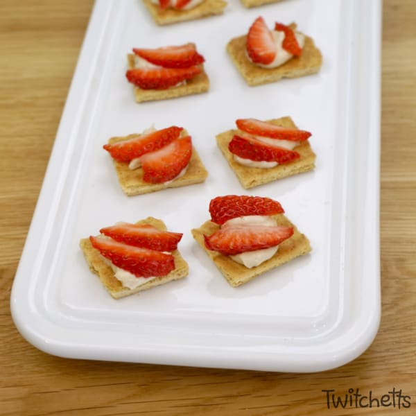 Strawberries make a great red snack! #twitchetts