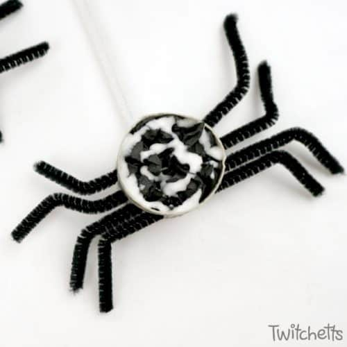 How To Make Fun Crepe Paper Spiders Twitchetts