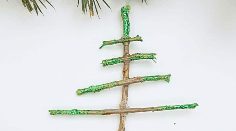 How to make sparkly tree-shaped Christmas ornaments using sticks