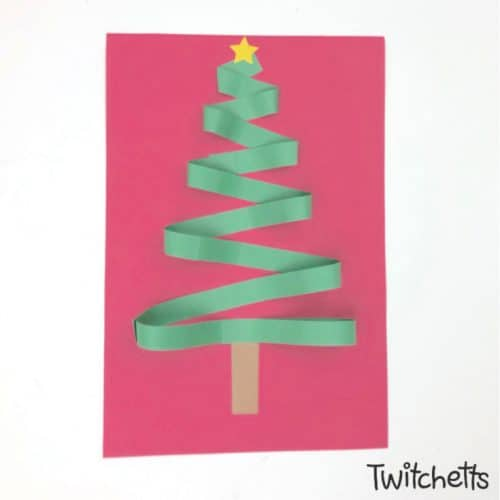 This Christmas tree papercraft is super simple and the zig zag design gives it a fun 3D effect. Grab some green construction paper and let's get crafting! #christmastree #papercraft #3dpaper #papertree #christmascraft #classroom #craftsforkids #twitchetts