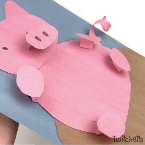 This fun paper pig craft for kids is so cute! 2019 is the year of the pig, so let's celebrate with this fun 3D construction paper craft that kids will love to make! #paperpig #pigcraft #2019 #yearofthepig #animalcrafts #farmcraft #farmanimal #constructionpapercraft #craftsforkids #twitchetts