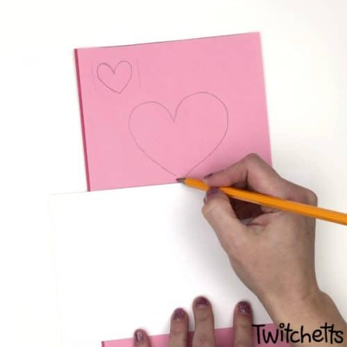Mended paper hearts are a quick and easy way to make classroom Valentines during art class! #Twitchetts