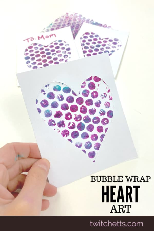 Easy art project using bubble wrap. Perfect for a Valentine's day craft, Mother's day card, and more. Great for large groups of kids and classroom craft time. #twitchetts